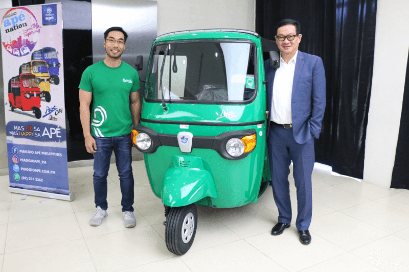 The GrabTrike Premium Piaggio Ape City Fi unit