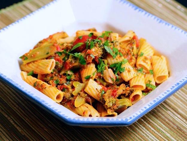 #Recipe : Pasta with Braised Broccoli and Tomato