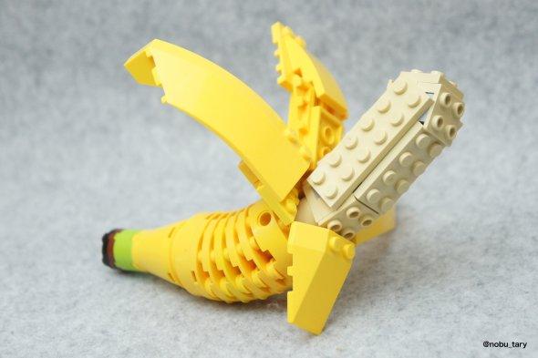 nobu_tary flickr esculturas de lego comidas banana