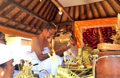 Mantra Ziarah atau Mengunjungi Kuburan Dalam Agama Hindu