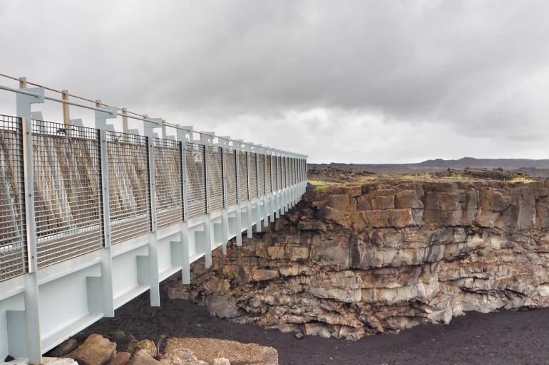 Voyage en Islande - Miðlín, le pont entre deux continents
