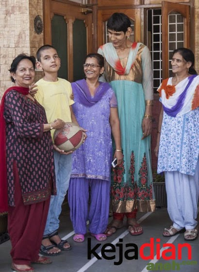 Karan Singh,  Bocah 5 Tahun Tertinggi Dunia