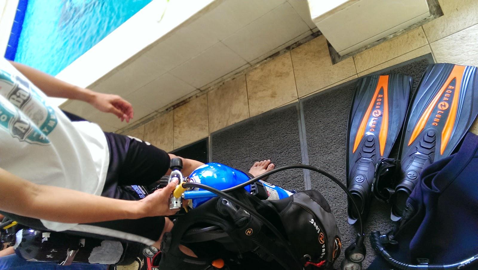 Sky Is Blue Water Is Turquoise Tips Memilih Mengambil Kursus Open Water Scuba Diving Di Indonesia