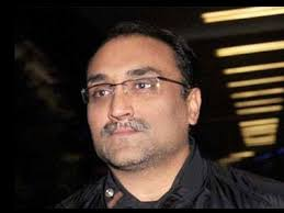 Aditya Chopra Family Wife Son Daughter Father Mother Age Height Biography Profile Wedding Photos