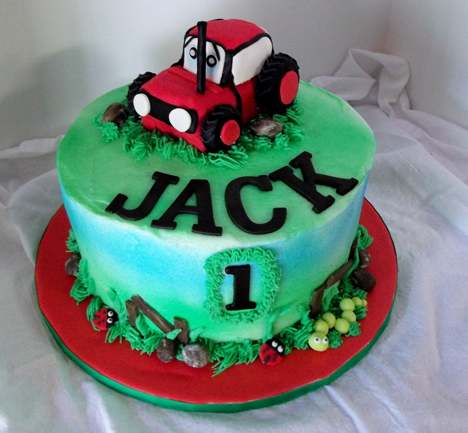 Bobbie's Cakes And Cookies: A Red Tractor Cake