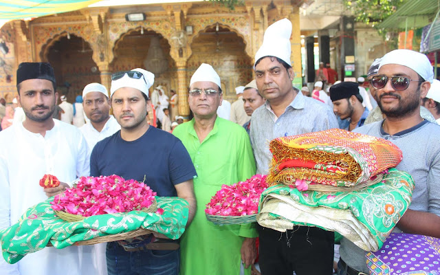 Ajmer, Rajasthan, ajmer dargah, ajmer nagar nigam, bollywood, singer javed ali Javed Ali in Ajmer, Javed Ali at Ajmer Dargah
