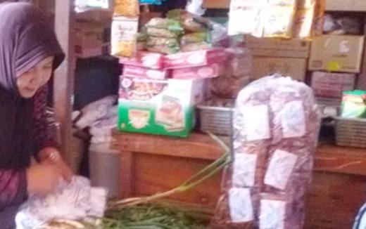 Bukan Saja Garam Tapi Harga ,Asam, Di ,Pasar Selayar, Juga Ikut Naik