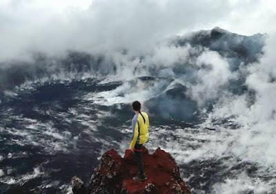 Nikmati kaldera dari puncak paling tinggi - Puncak Sejati