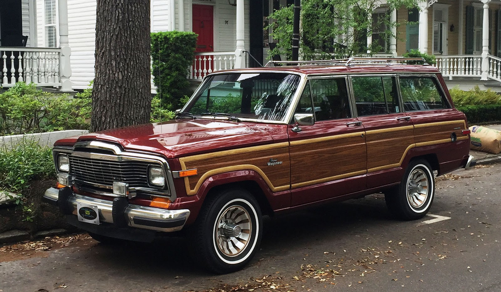 hight resolution of https www bloomberg com news articles 2015 08 26 why now s the time to buy a 1984 1991 jeep grand wagoneer