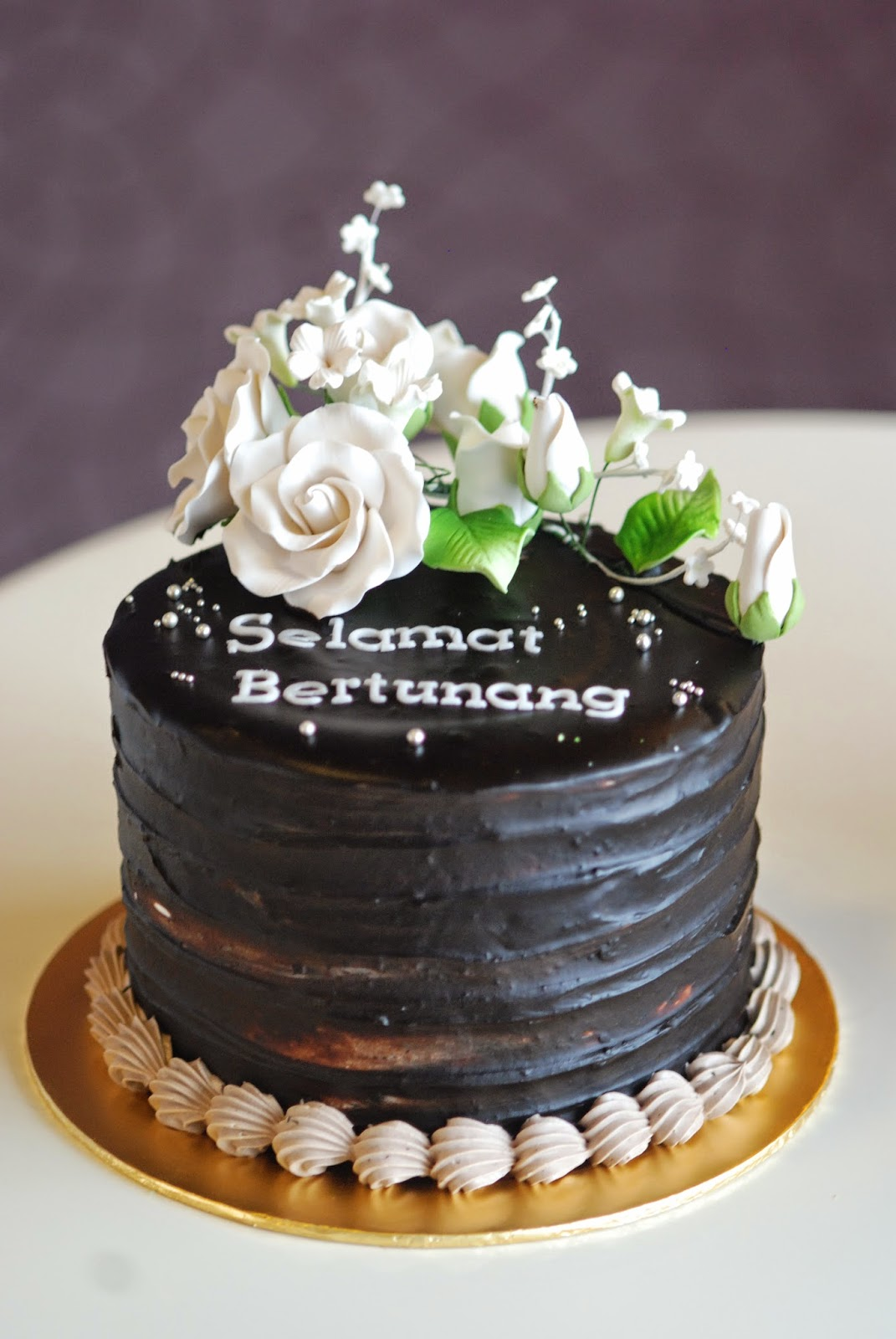 kek tunang balut coklat  Prettysmallbakery