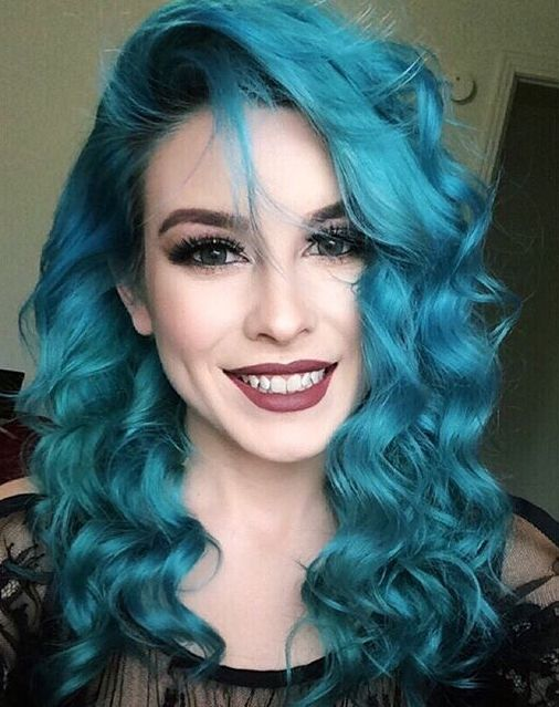 Makeup for purple hair