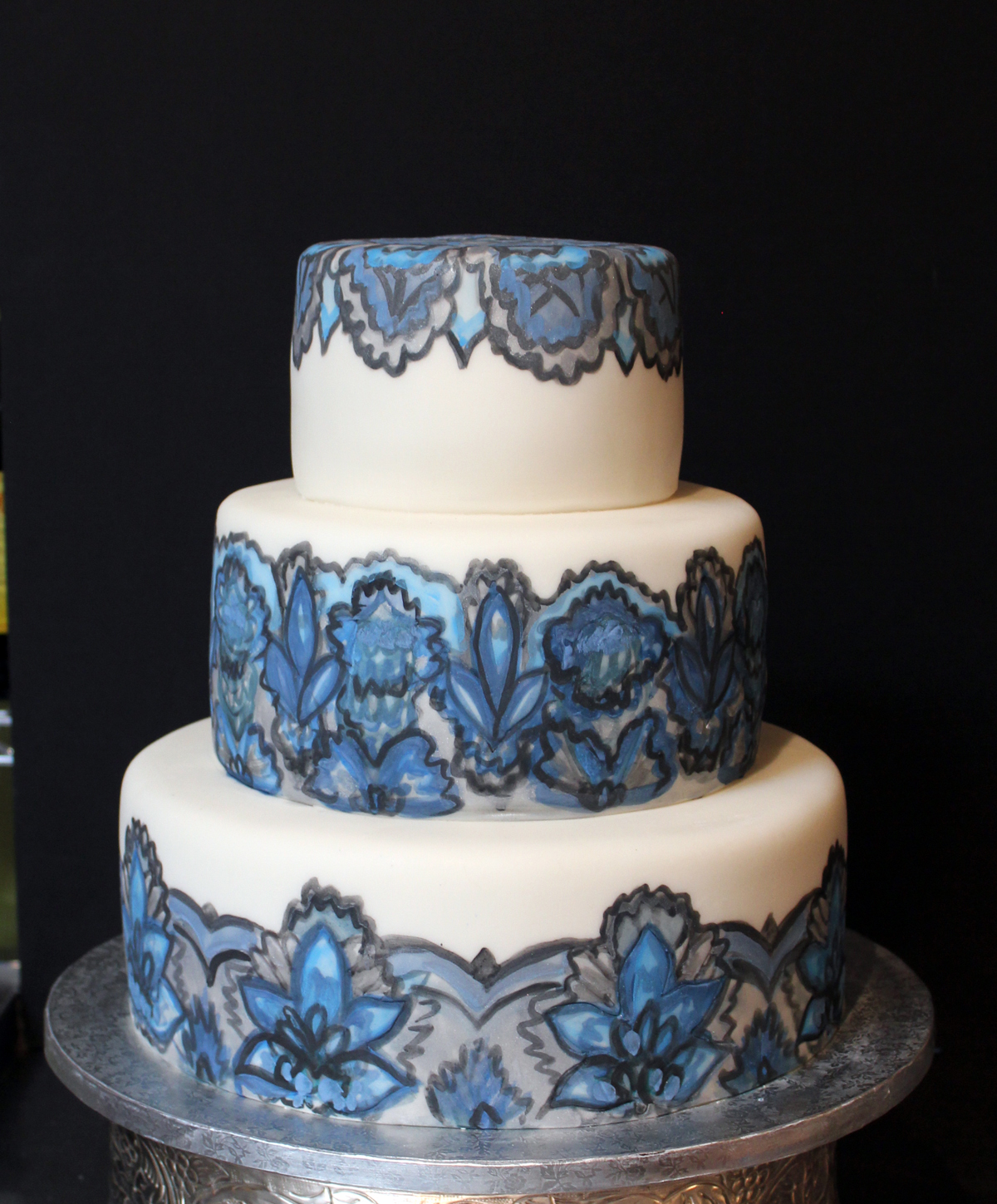 Sedona Cake Couture: A Gorgeous Hand Painted Wedding Cake