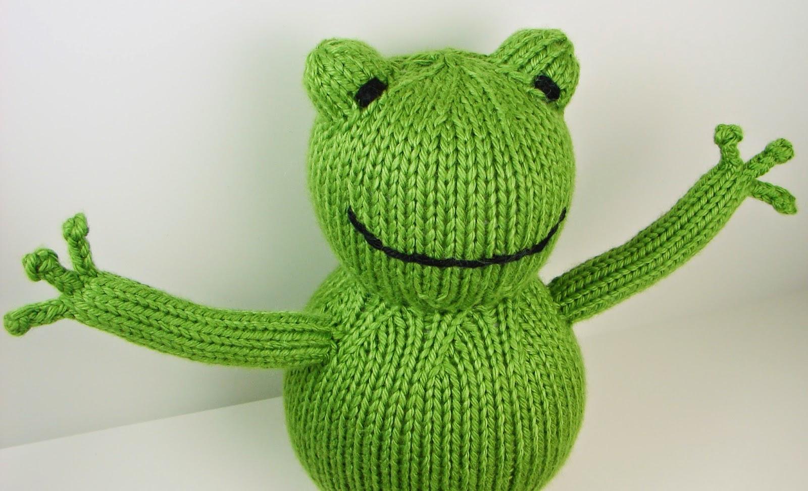 Auntie Em's Studio: Free Froggy Pattern