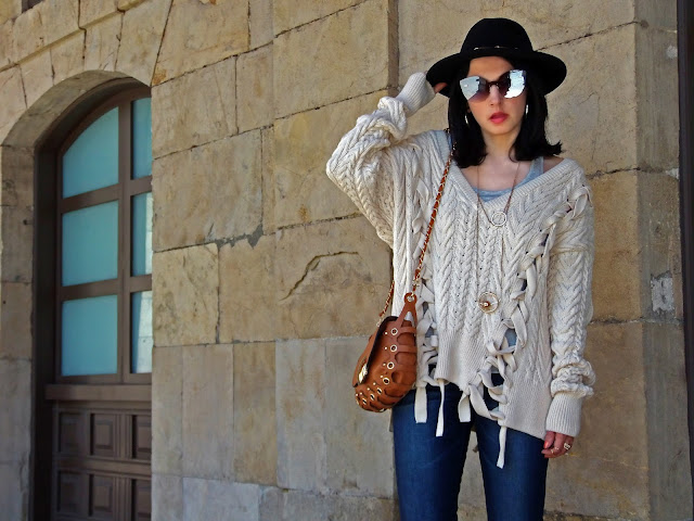 fashion, moda, look, outfit, blog, blogger, walking, penny, lane, streetstyle, style, estilo, trendy, rock, boho, chic, cool, casual, ropa, cloth, garment, inspiration, fashionblogger, art, photo, photograph, Avilés, oviedo, gijón, sweater, jersey, zara, bolso, bag,