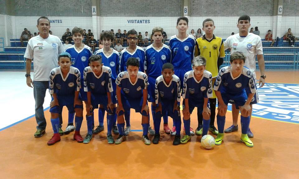 O time sub 13 do Gremetal também foi bem na estréia do torneio regional.  Vitória apertada sobre a equipe da Sociedade Esportiva Itapema(SOCIA) por 1  a 0. 437a9f204ccfa