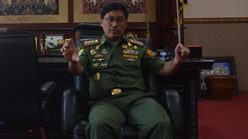 Bupati Cirebon Sunjaya Purwadi Sastra