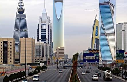 RIYADH POPULATION TOPS WITH 6.9 MILLION