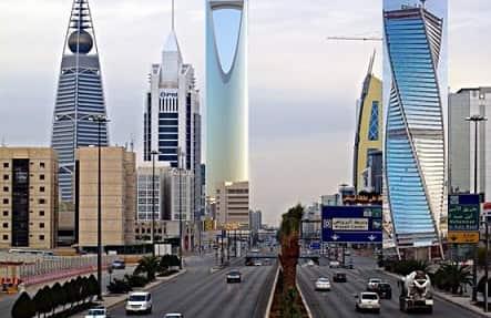 RIYADH POPULATION TOPS WITH 6.9 MILLION