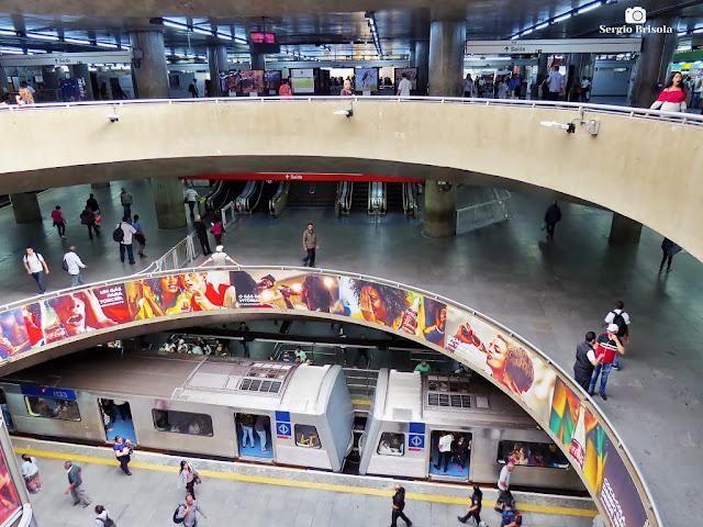 Vista do vão central da Estação Sé do Metrô de São Paulo