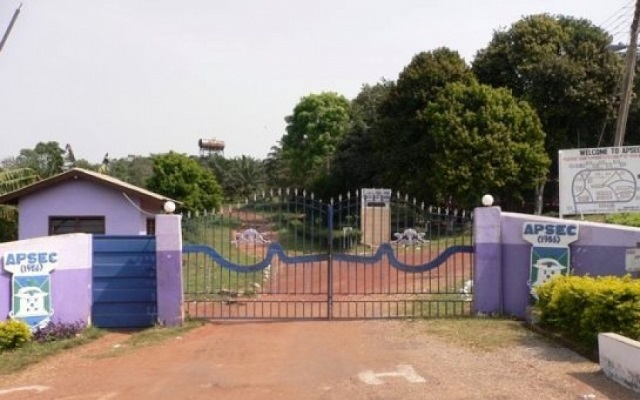 Abetifi College Students protest against principal over...