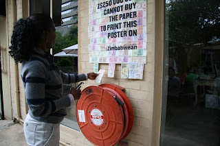 Forma creativa para recaudar dinero en campaña de beneficencia