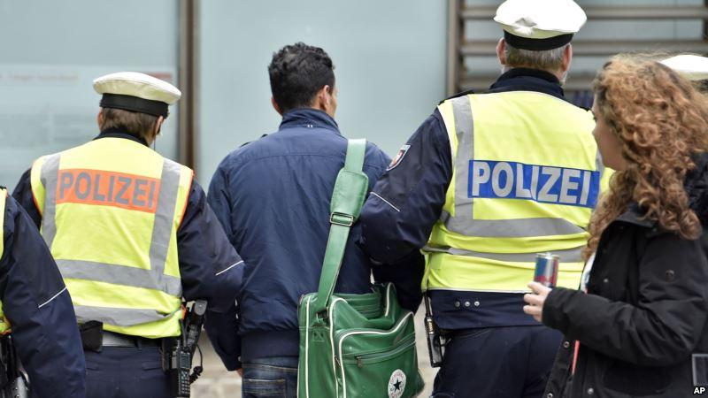 Pria Berteriak Ada Bom, Bom, Bom. Polisi: Tidak Lucu!