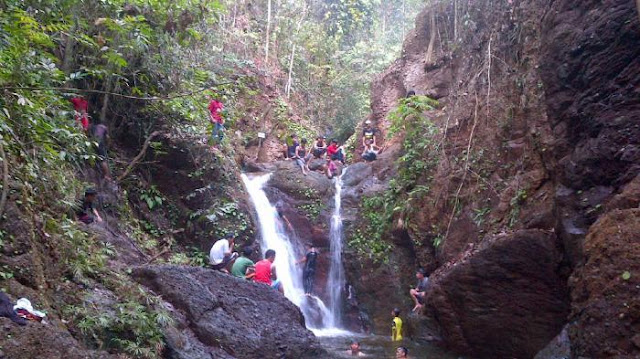 Air Terjun Gunung Maras Bangka Belitung