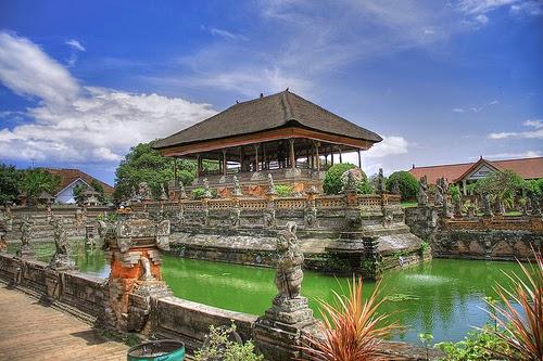 Menyediakan Informasi Wisata Dan Jasa Tour Travel Di Bali
