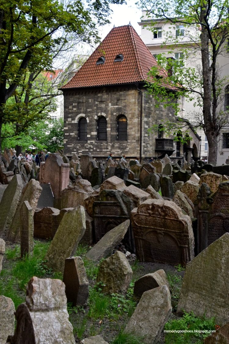 The Old Jewish Cemetery in the historic Jewish Quarter in Prague | Ms. Toody Goo Shoes #prague #JewishQuarter #OldJewishCemetery #danuberivercruise