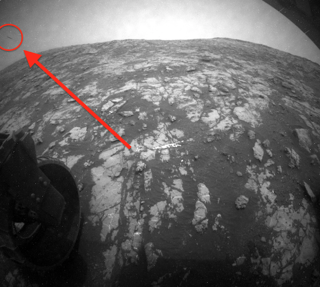 UFO shoots away from Mars surface and drops drone out, NASA link Cloak%252C%2B%25D0%259D%25D0%259B%25D0%259E%252C%2BGalaxy%252C%2B%25D8%25AC%25D8%25B3%25D9%2585%2B%25D8%25BA%25D8%25A7%25D9%2585%25D8%25B6%252C%2BUFO%252C%2BUFOs%252C%2BNFL%252C%2Bsighting%252C%2Bwar%252C%2B%252C%2Bsightings%252C%2BNebula%252C%2Bblue%252C%2BHeineken%252C%2BStar%2BTrek%252C%2BStargate%252C%2Btop%2Bsecret%252C%2BET%252C%2Bvillager%252C%2Batlantis%252C%2BW56%252C%2BSteve%252C%2BGod%252C%2Bcloud%252C%2Bsky%252C%2Bweather%252C%2B3