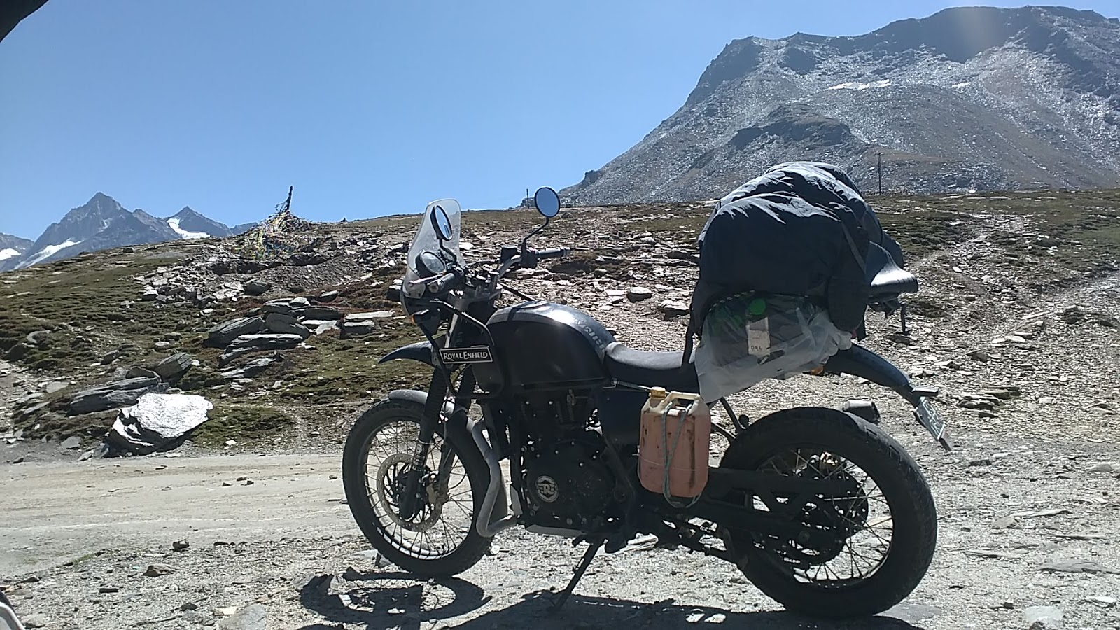 Ride in Royal Enfield in the Himalayas