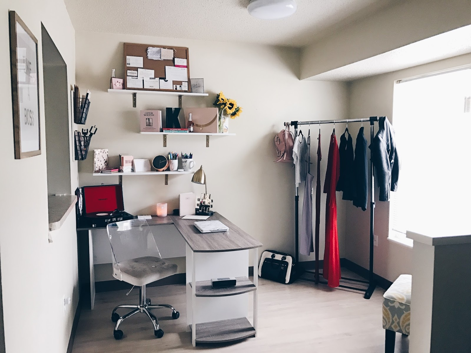 Life, C U R R E N T L Y || Office Reveal + Why I Decided to Work From Home