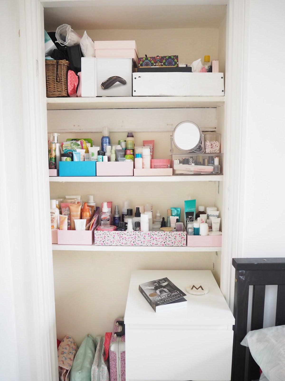 How I De-Cluttered & Re-Organised My Makeup & Beauty Stash / Madolyn ...