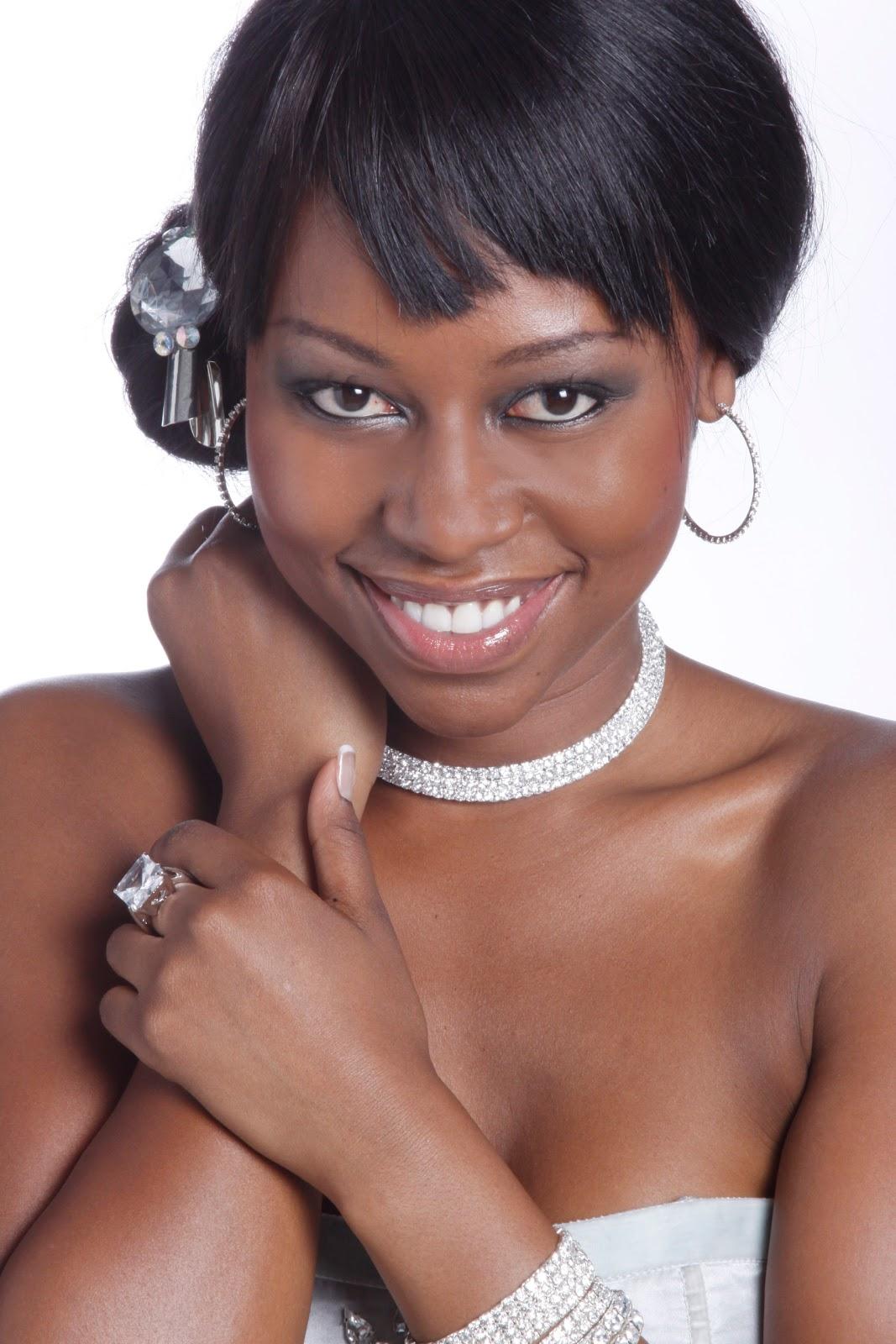 Elana+Afrika+affair+Ian+Bredenkamp+KFM+M-Net Reasons Behind Wedding Traditions