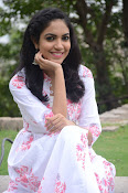 Ritu Varma dazzling in white n white-thumbnail-7