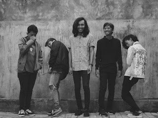 "Coldiac Perkenalkan Single Anyar ""Wreck This Journal"""