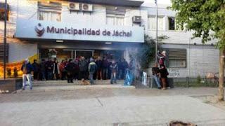 ya los manifestantes dejaron pacíficamente la sede municipal de Jáchal