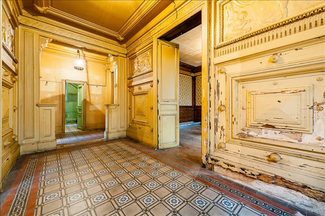 Decaying and rundown interior of Paris home for sale in 19th seen on Hello Lovely Studio