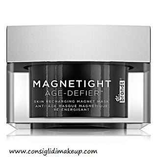 Preview: Dr. Brandt Skincare's MAGNETIGHT Age-Defier™ - Maschera Magnetica