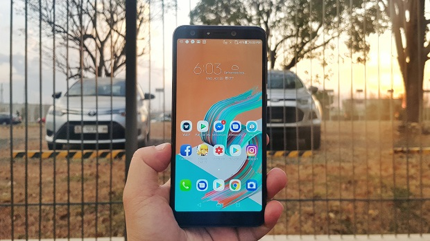 Zenfone 5Q Unboxing, First Impressions