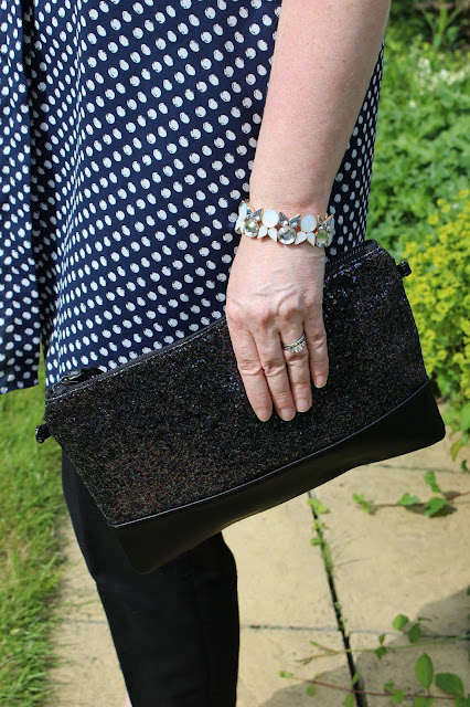 Dorothy Perkins Petite Maxi Shirt, Black Linen Cigarette Pants, Glitter Clutch | Petite Silver Vixen