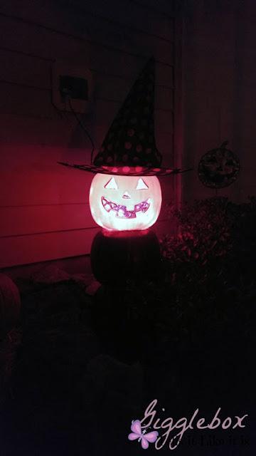 Halloween decoration from plastic pumpkins, Halloween decorations, Halloween, cheap outside decoration for Halloween,