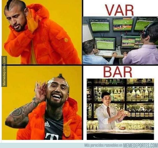 ¿Al VAR o al Bar? Arturo Vidal lo tiene claro