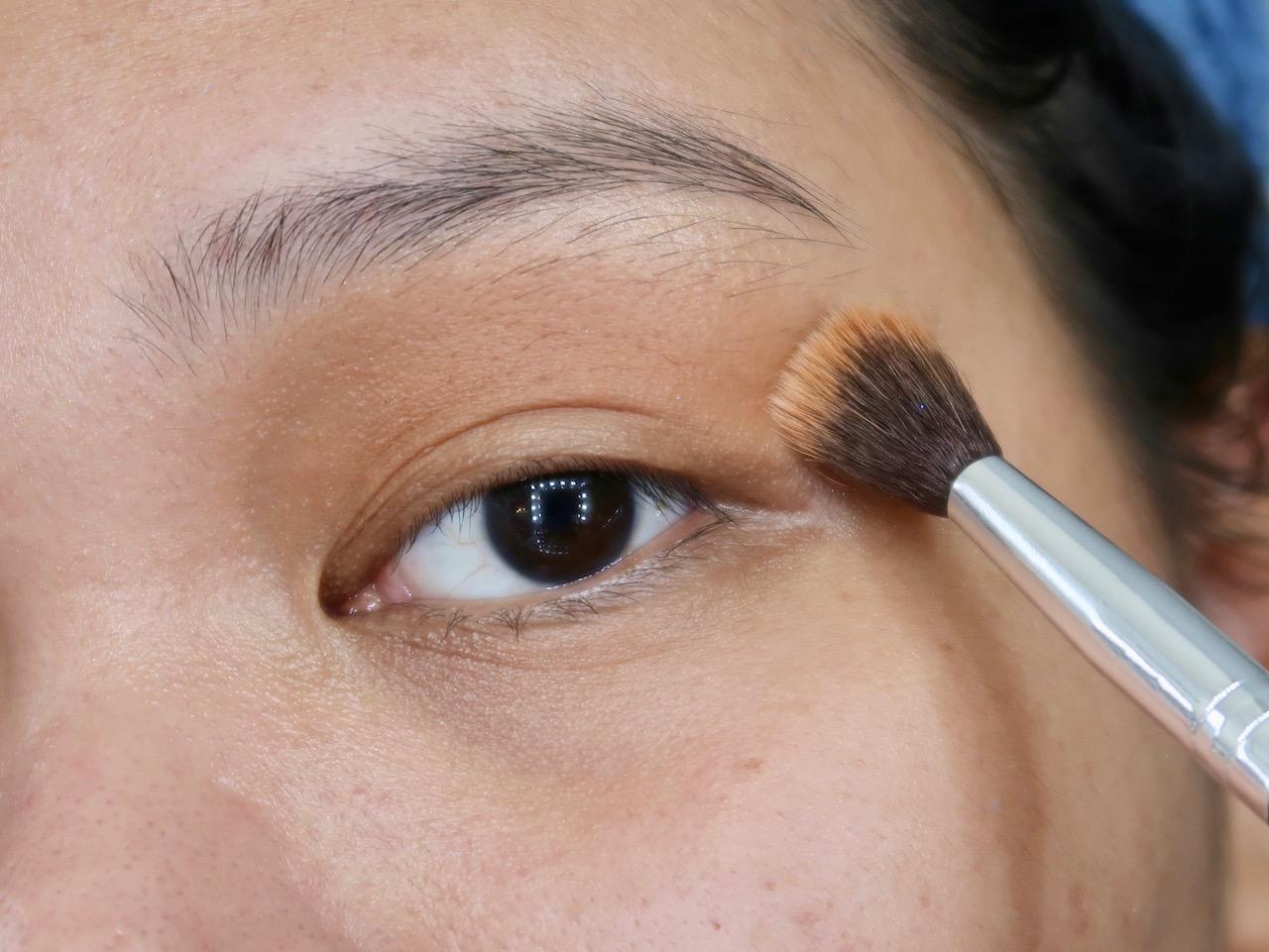 heart evangelista cobalt blue eyeshadow makeup tutorial +