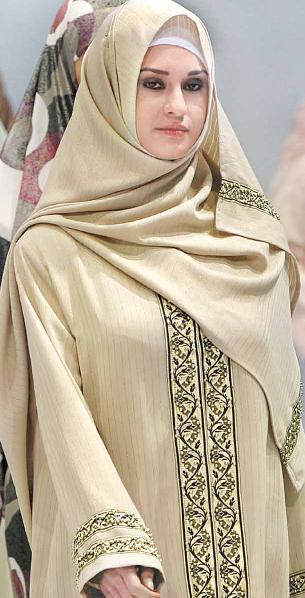 Penny Stocks To Buy >> Fashion World: Turkish Model Of Islamic Hijab In Islamic Fashion Fair | Fashion World