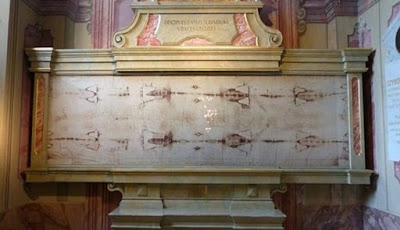 Misteri Jejak Darah di Kain Kafan Turin