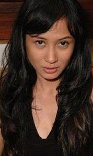 Foto Biodata Ria Probo sebagai pemeran ibunya Arka