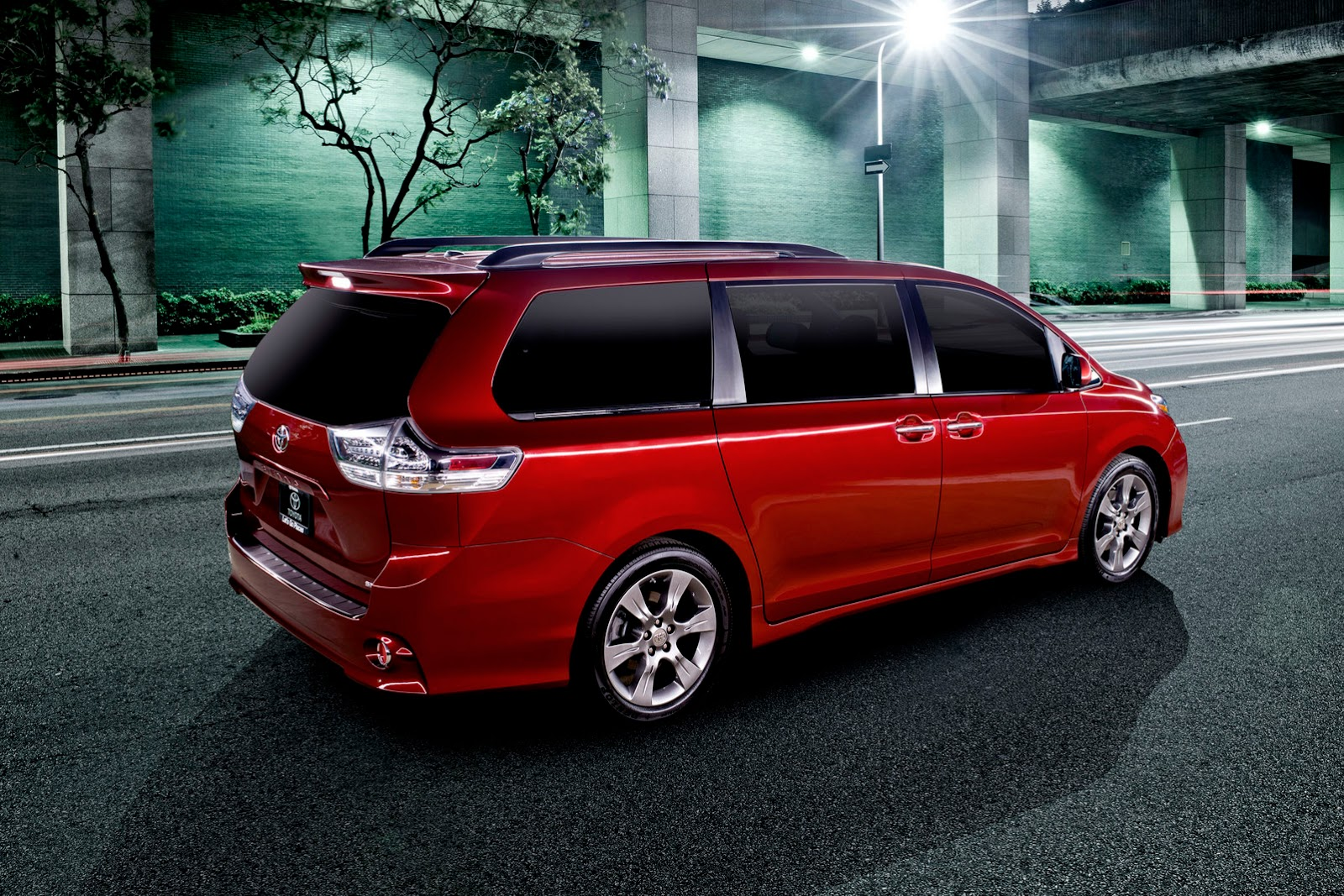 Popular 2004 2006 Toyota Sienna Recall Front View Photo 2