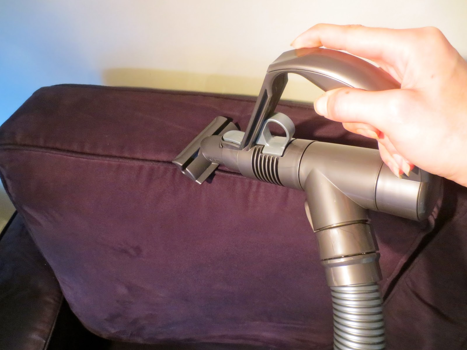 The Hussy London Housewife: Dyson DC38 Vacuum Cleaner