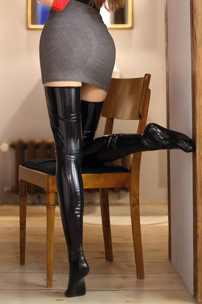 black%2Bstockings%2Bfeet%2Bfoot%2Blatex.
